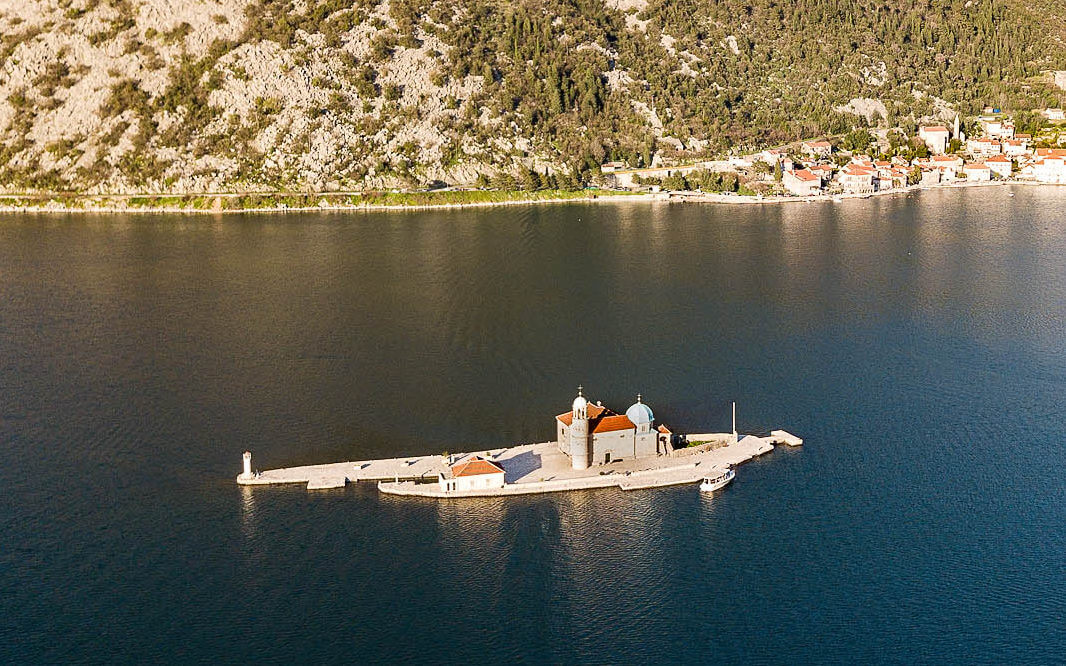 Черногроия: Острова Госпа-од-Шкрпела и Святого Георгия