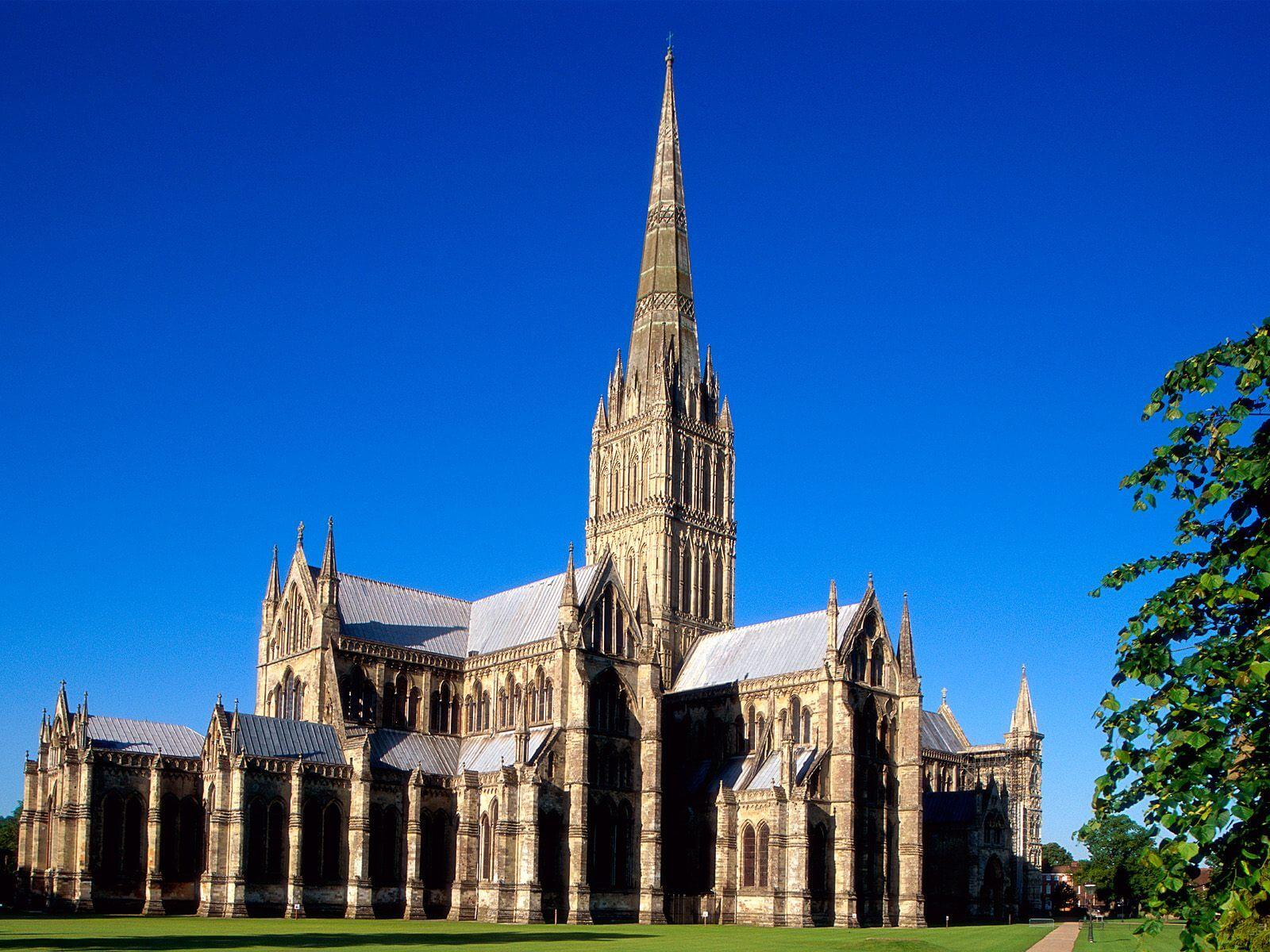 Солсберийский собор пострадал из-за отравления Скрипалей